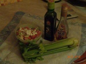 фото диетического салата и льняного масла