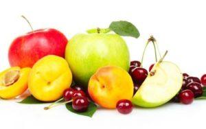 яблоки и фрукты для перекуса