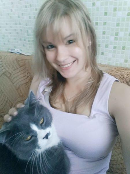 Утро начинается с кофе и с кота :)
